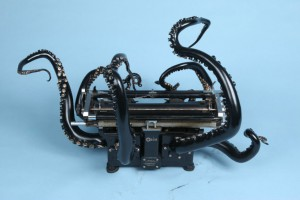 Artist-makes-an-octopus-out-of-a-typewriter1-830x553